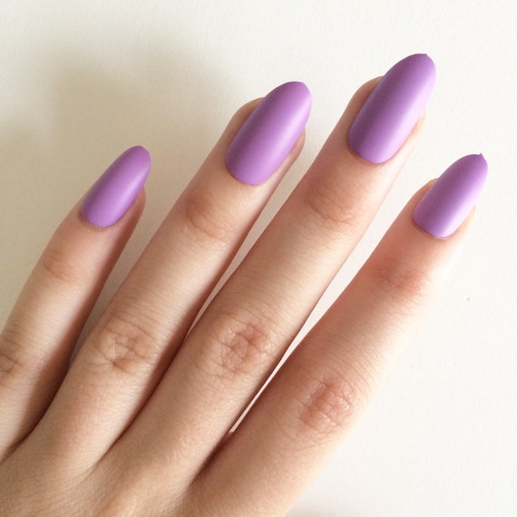 Hand Painted Artificial Nails