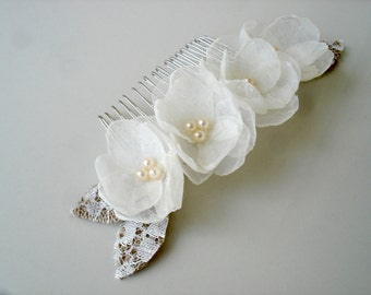Pearl Hair Comb, Bridal Hair Comb, Ivory Flower Comb, Wedding Hair Comb Rustic Burlap Lace
