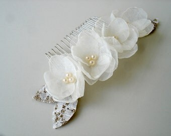Pearl Hair Comb, Bridal Hair Comb, Ivory Flower Comb, Wedding Hair Comb Rustic Burlap Lace