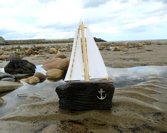 Driftwood Yacht - Driftwood Boat - Gifts for Him - Bathroom Decor - eco friendly - Nautical - Handmade - Beach Decor - Upcycled