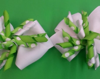 Corkscrew boutique style hair bow set of (2) Green and White