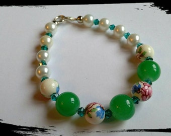 Green and floral mix bracelet