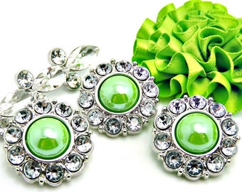 APPLE GREEN Pearl Button W/ Crystal Clear Surrounding Rhinestones Button Bouquets Garment Buttons Coat Buttons Diy Buttons 25mm 2997 39P 2R