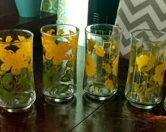 Vintage set of 6 Painted Glassware