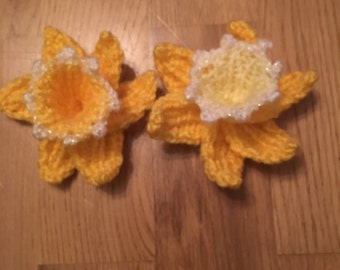 Hand knitted daffodil brooch