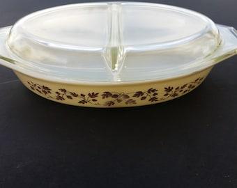 Pyrex Gold Acorn split casserole dish with lid