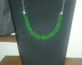 Green braided bead necklace