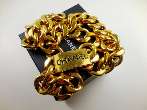 Authentic Chanel vintage heavy and large metal chain belt