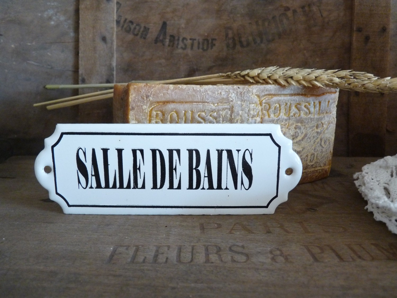 Vintage french enameled salle de bains sign bathroom door for Salle de bain door sign