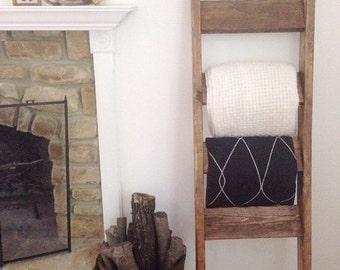 Rustic Blanket Ladder
