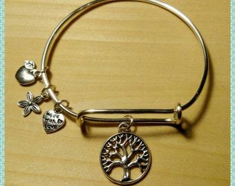 Tree of life charm bracelet (Tarnish resistant wire). Item#7