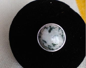 silver ring with agate stone