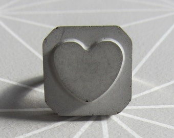 Concrete heart ring