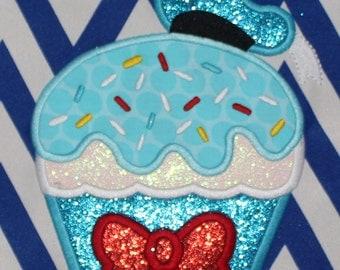 Donald Cupcake Applique Design