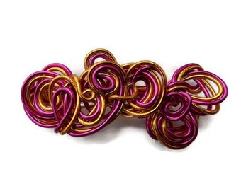 Barrette handcrafted pink and gold aluminum wire