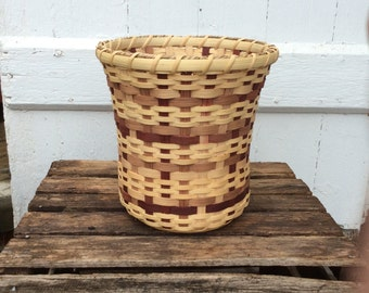 Small Wastebasket or Container