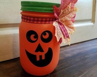 Halloween Jack O'lantern mason jar