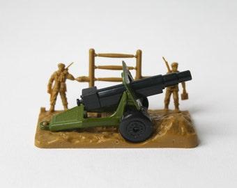 Vintage Matchbox superfast 32 field gun military cannon. Matchbox army field gun, military cannon, Made in England with original box.
