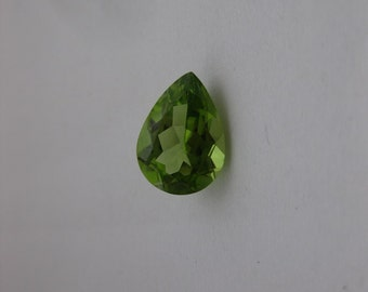 2.76ct Peridot - IF Brilliant Pear cut