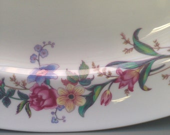 Wedgwood Devon Sprays 15 Inch Serving Platter