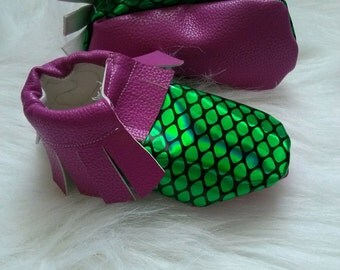 Mermaid theme faux leather shoes