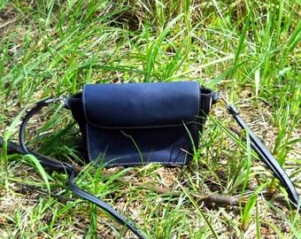 Small leather bag (crossbody)