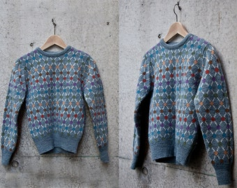 Geometric Spotted Rainbow Knitted Sweater // Size 6-8