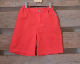 Classic chino shorts (solid colours)