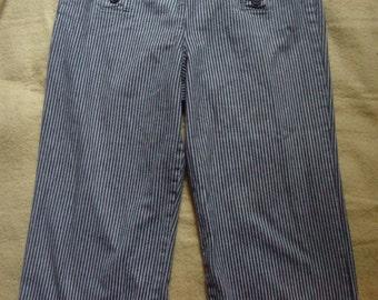 Capris coulottes black with white stripes larry levine size 8
