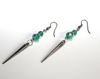 Color green/turquoise long earrings