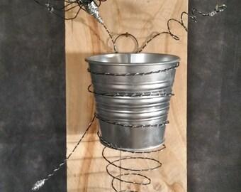 suspension wall spiral flower pot metal 17