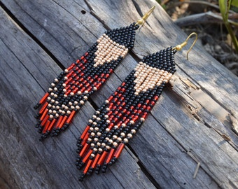Beaded earrings, Red Black Gold, Seed bead earrings, Native American, boho earrings, ethnic style, tribal earrings