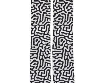 Labyrinth Graphic Socks