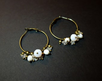 Creole earrings white and bronze