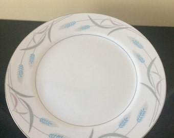 Dinner Plates, Vintage China Dinner Plates, White and Blue Dishes, Set of 8,  Royal Wheat, Valmont China, Japan, Holiday Table Decor, PL3560