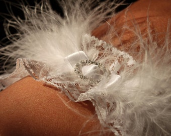 feather bridal lingerie, feather wedding garter, feather bridal garter, feather lace garter, white feather garter, snow white feather garter