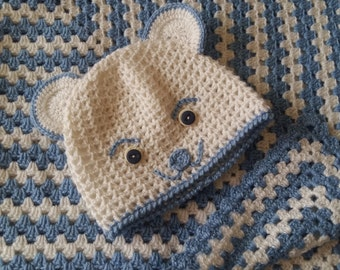 "New hand knitted (crotchet) baby blanket size 78x78 cm (31x31"")"