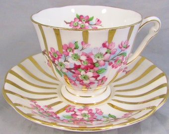 Queen Anne pink & white blossoms gold gilt accents tea cup and saucer