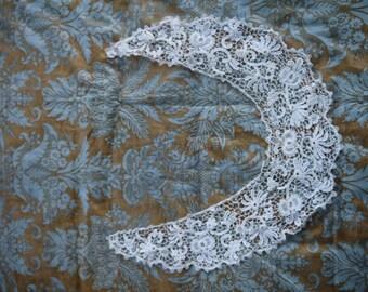 Vintage Machine Lace Collar
