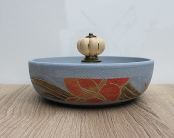 Chalk painted upcycled wooden bowl for jewlery/ accessory storage
