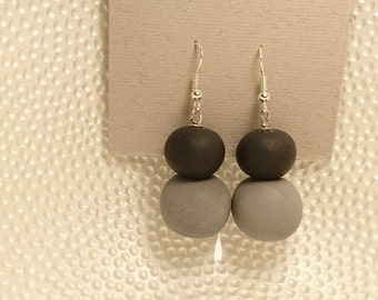Fimo/Polymer clay earrings earrings black grey