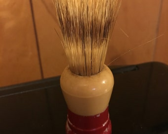 Vintage Ever-Ready Men's Shaving brush red and cream  Number 100