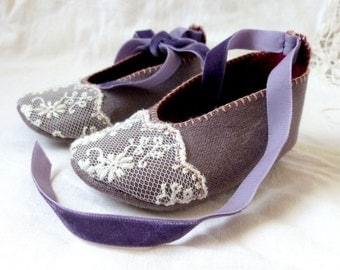 Hand Sewn Girls' Baby Shoes with Lace and Velvet. Baby gift, booties, crib shoes, soft soled.