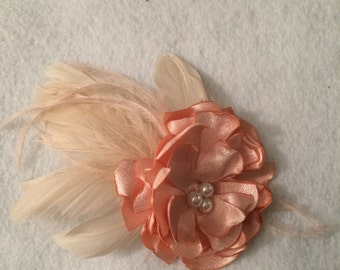 Blush Flower and Feather Hair Piece