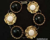 Vintage Black & White Button Bracelet / Gold Black White / Button Bracelet / Jewelry / Women's Gift Ideas / Bracelets / Button Jewelry