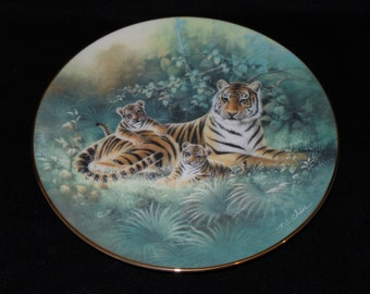 "1991 Knowles China's Natural Treasures ""The Siberian Tiger"" Collector Plate by T.C. Chiu"