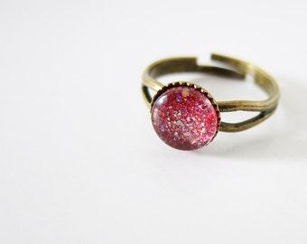 Shimering deep magenta * hand painted * glass cabochon ring