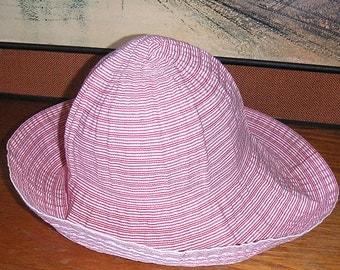 White & Red Raffaello Bettini Hat