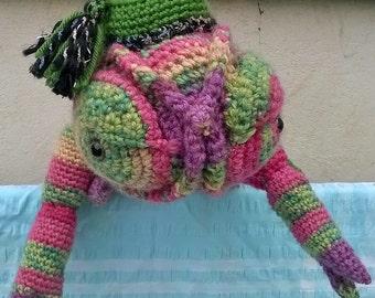 Hand-crochet soft toy - chameleon