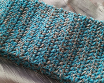 Teal and gray scarf